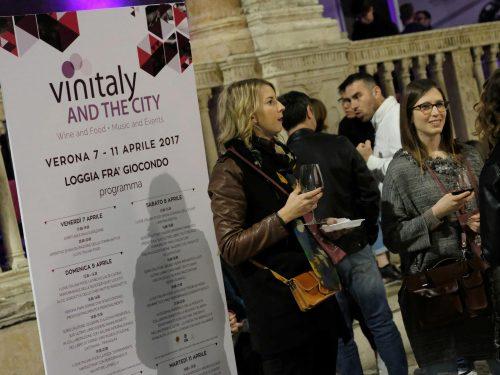 IL VINITALY 2018 CRESCE IN ESPOSITORI E VISITATORI INTERNAZIONALI